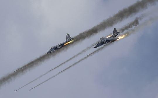 libia teatro di raid aerei