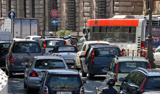 blocco traffico roma 14dic2016