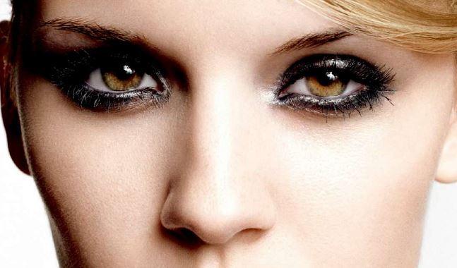 intramontabile trucco smokey eyes