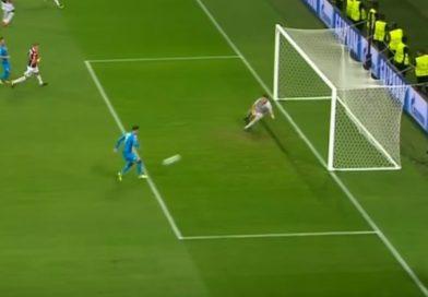 Il Napoli vola in Champions | Doppio 2-0 al Nizza e approdo alla fase a gironi