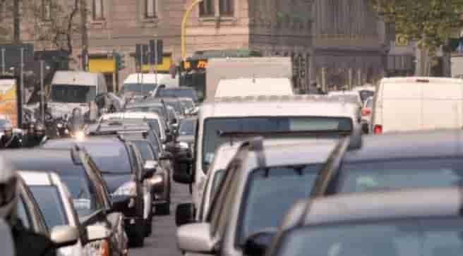 blocco auto milano dal 21 novembre
