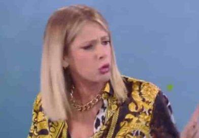 Alessia Marcuzzi sclera con Eva Henger | (VIDEO) Lo sfogo della conduttrice all'Isola dei Famosi