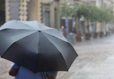 Allerta meteo ROSSA in Puglia sabato 6 ottobre | Ancora temporali al Sud, deboli piogge al Nord