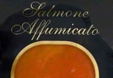 Richiamo Salmone affumicato HoVa Fine Foods ApS | Via dagli scaffali un lotto del prodotto, ecco perché